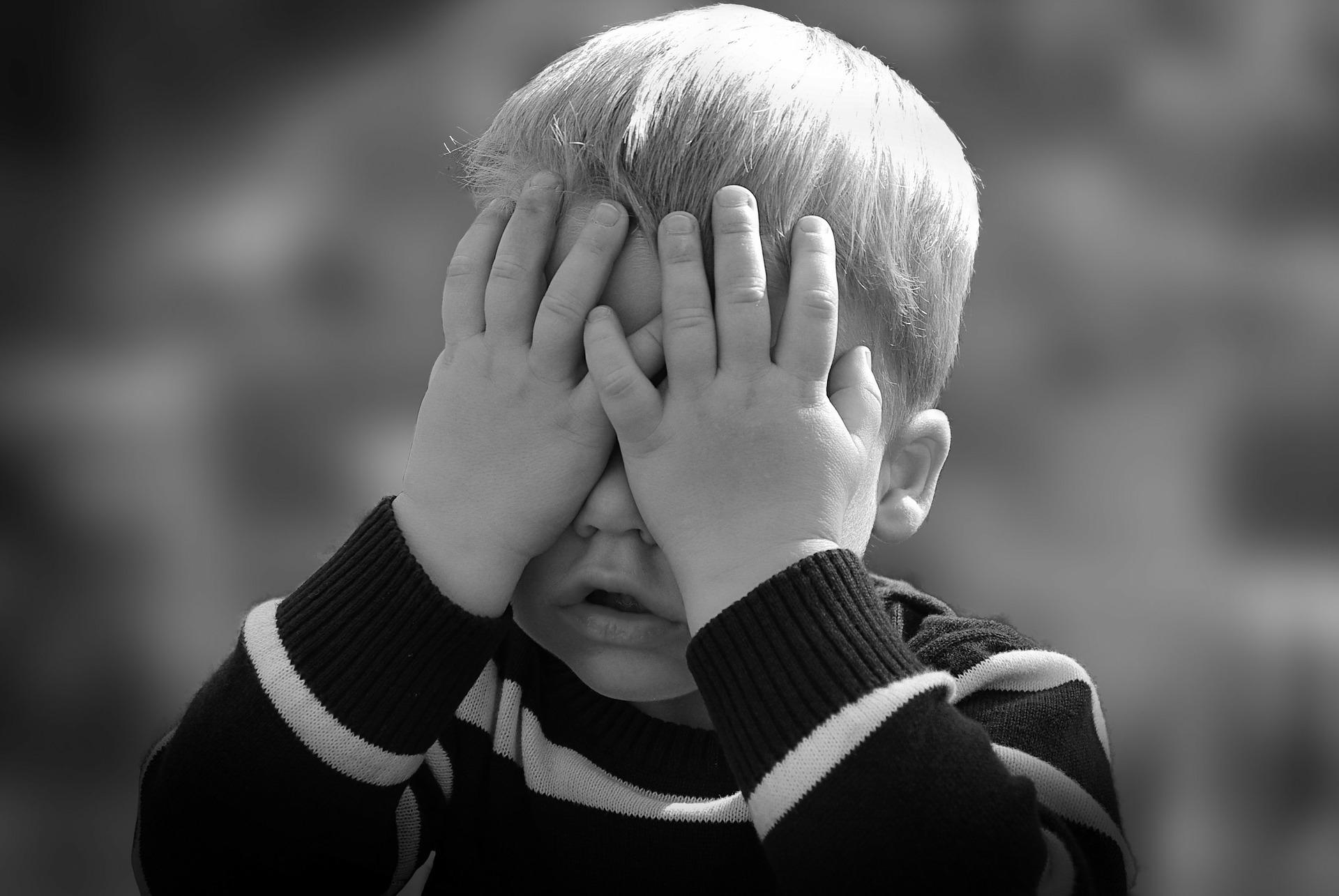 Jak sobie radzić z buntem dwulatka?